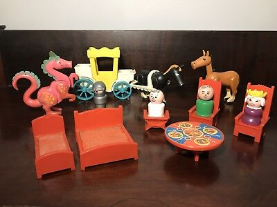 Vintage Little People #993 Castle Pcs. Queen Carriage Horses Throne Beds Dragon