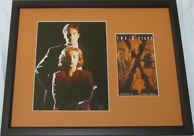 Gillian Anderson David Duchovny signed auto X-Files VHS cover framed 8x10 photo