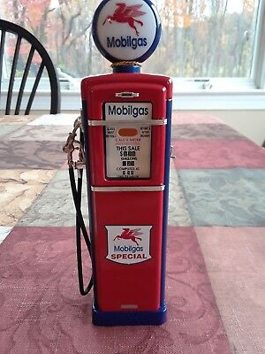 Mobil Limited Edition Gas Pump Bank