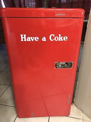 1950's Vendo A23E Coke/Coca Cola 23 Spin Top Vending Machine~ WORKS