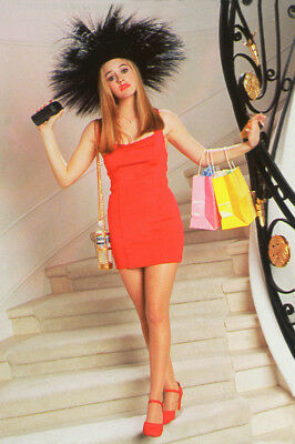 Alicia Silverstone As Cher Horowitz In Clueless 24X36 Poster Print