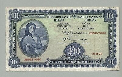 IRELAND 10 Pounds 1975 Fine to Better