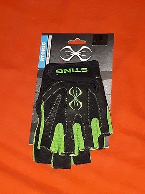 Sting Atomic Weight/Training Gloves (Size: Small) *NEW*