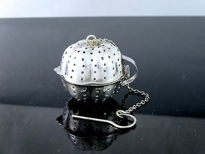 Cute Vintage TOWLE Silverplate TEA STRAINER BOWL INFUSER W/CHAIN Made in England