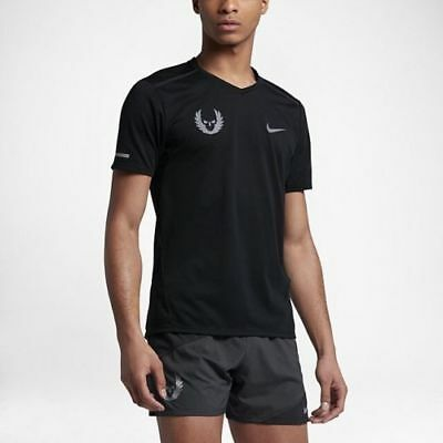 5f1874cab897 841801-010 New with tag Men s Nike Oregon Project Tailwind short sleeve  shirt