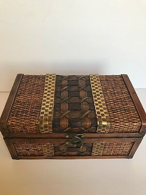 Vintage Lock Woven Wooden Treasure Wood Box Storage Antique Style