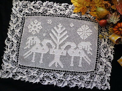 Handmade Italian Figural Lace PUNTO TIRATO and VENEZIA Birds Tree Tablecloth Mat