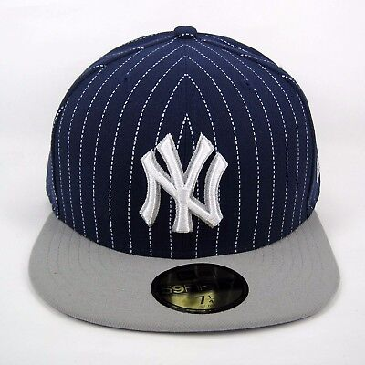 New Era Men's MLB NY Yankees Pinstripe 5950 Fitted Cap - Size 7 1/4
