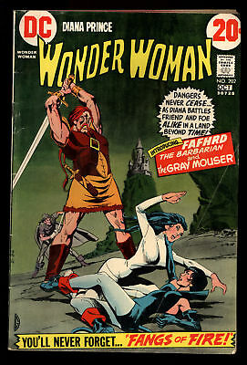 Wonder Woman (1942) #202 1st Print Catwoman App 1st Fafhrd & The Grey Mouser VG