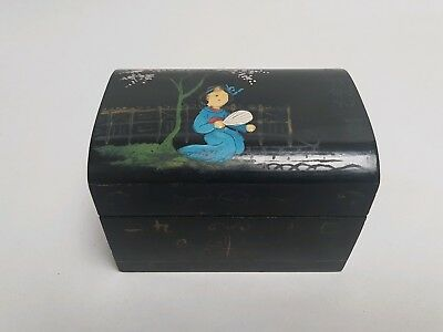 Japanese Small Lacquered Trinket/Jewellery  Box