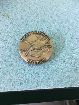 Vintage Ducks Unlimited 1990 Bronze Sponsor pin badge old squaw by Larry Toschik