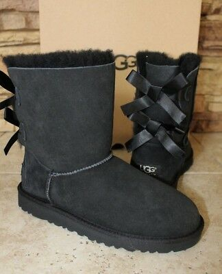NIB UGG Classic Short BAILEY BOW Suede Boots Youth 4 Women's 6 BLACK