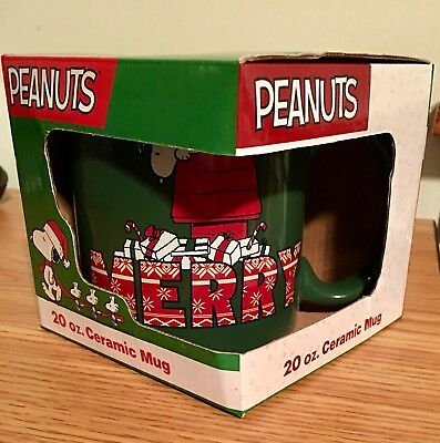 PEANUTS 20 Oz Ceramic Collectible Christmas Mug NIB