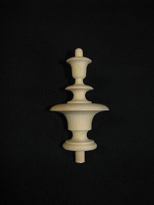 Turned finials to the clock Vienna Regulator TL042