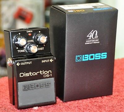 BOSS DS-1-4A Distortion Effect DS1 40th anniversary limited edition DS-1