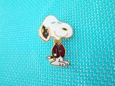 """Vintage Aviva """"Snoopy in Red Sport Jacket and Gold Bow-Tie"""" Pin, Button"""