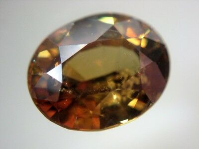 ANDRADIT GRANAT  -  OVAL FACET  -  8x6,5 mm  -  1,90 ct.