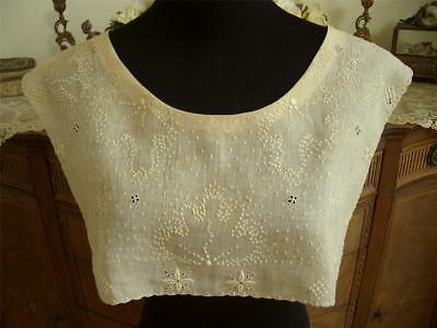 SHEER DAINTY HANDMADE Antique Vtg EMBROIDERY CUTWORK LACE COLLAR DRESS FRONT
