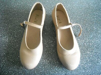Size 8 Ladies/girls Bloch tap shoes with Techno taps in excellent condition