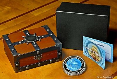 """2018 $25 Solomon Isands """" Endeavor """" 5oz .999 silver with Mother of Pearl"""
