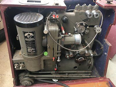 Victor Pyrox Kalart 16mm vintage movie projector and Matching Pyrox speaker