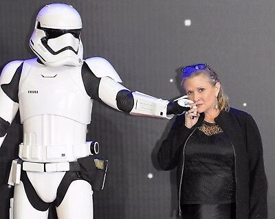 Carrie Fisher With Storm Trooper 8X10 Photo - Star Wars  -   H273