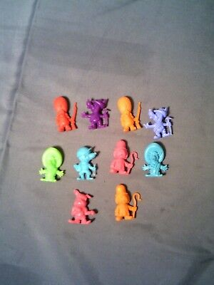 R & L Vintage Cereal Toys Corny Canines X 10 All Mint - Mad Dogs Dawg Dog
