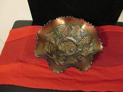 """Vintage Northwood Carnival Glass Bowl w/Fluted Edge Grapes & Leaves  8""""  AMBER"""