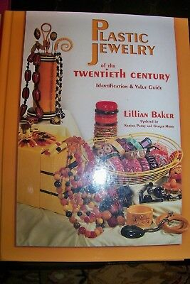 Identification/price Guide Book On Plastic Jewelry Of The Twenieth Century