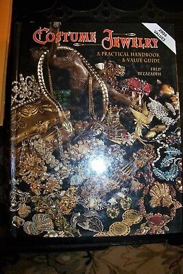 Identification/price Guide Book On Costume Jewelry