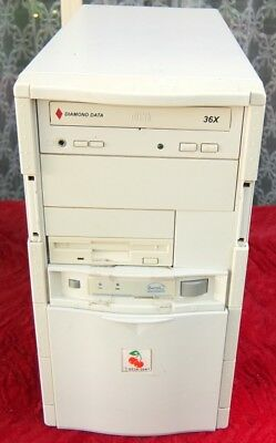 Vintage 686PR233MHz  computer from the 1990s - works well