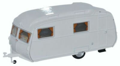 Oxford Diecast Carlight Continental Caravan Arctic White OO scale (suit HO also)