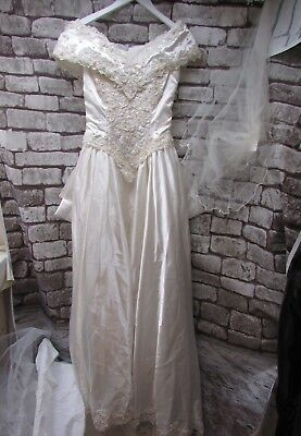 Ivory Bead Detail Wedding Dress With Veil & Under Skirt Size 12     ##hin 29 Jt