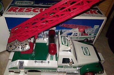 1994 Hess Rescue Truck w/ Lights And Sounds