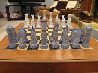 Lladro  Medieval Chess Set Hand Made In Spain