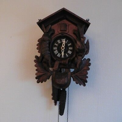VINTAGE 1970s CARVED WOOD WALL MOUNTED GERMAN MADE BLACK FOREST CUCKOO CLOCK