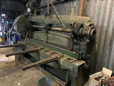 Steel Guillotine working condition