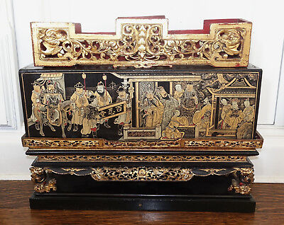Antique Chinese Asian Qing Dynasty Signed Black Lacquer Gilt Altar Box Shrine