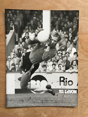 May 1983 Press photo Gary Bailey Manchester United Football Club. 8x6.