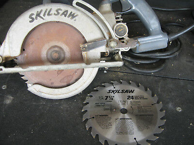 skil saw worm Drive  HD77 Heavy Duty WITH  New extra Blade   and blade wrench