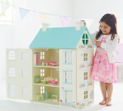 Big Wooden Light up Doll House - furniture Minuatures and Houses  christmas toy