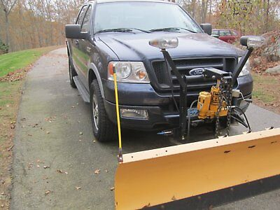 2005 Ford F-150  2005 Ford F-150 with Meyer Snow Plow - Excellent Condition