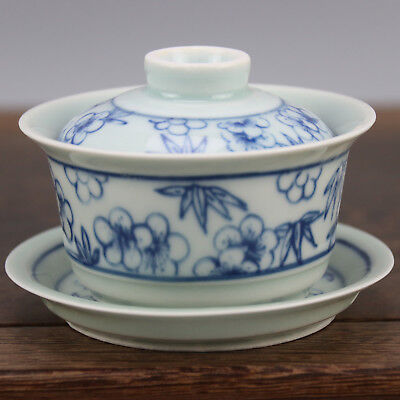 Chinese old hand-carved porcelain Blue & white bamboo leaf pattern covered bowl