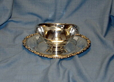 Vintage Wm A Rogers Silver Plated Gravy Boat With Ornate Under Plate