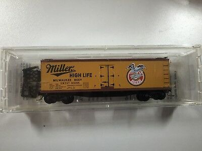 "N Scale 40' Double Wood Reefer ""Miller"""