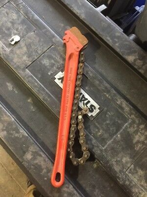 Ridgid 31320 C-18 Heavy Duty Plumber Red Chain Wrench 2-1/2 Inch Pipe