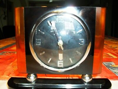 Stricking Catalin Art Deco Small Winding Clock Works
