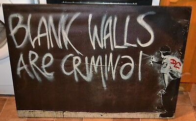 Box Canvas Picture Of A Banksy Print - Blank Walls Are Criminal