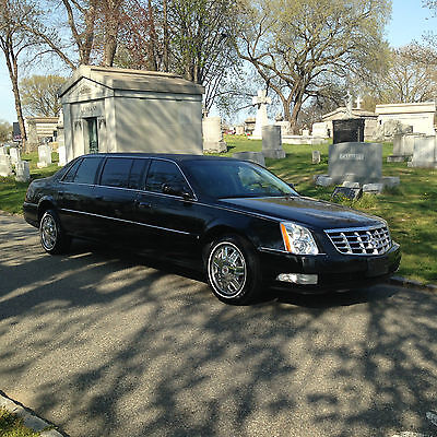 2008 Cadillac Limousine 6-Door Leather Seating 6-Door Limousne by Superior Coach/AccuBuilt