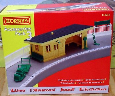 Hornby Accessories Pack 3 R8229